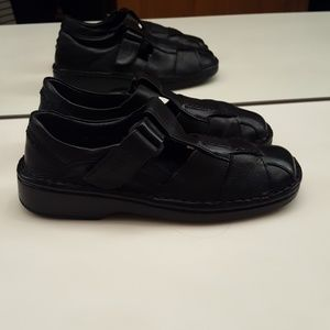 JOSEF SEIBEL BLACK LEATHER VELCRO STRAP LOAFERS